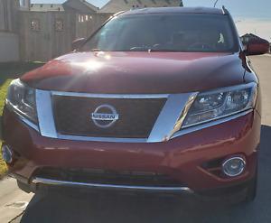 2013 Nissan Pathfinder SL - 155,000 km *Private Sale*