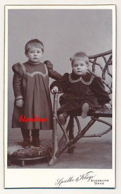 CDV: Niedliche, kleine Geschwister, hübsche Mode; Augsburg & Graz, um 1895
