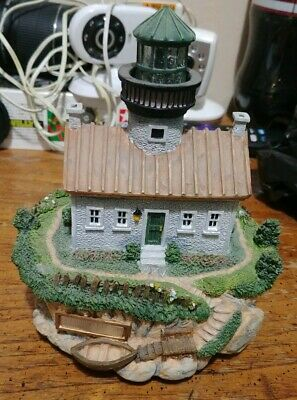 """Westland Music Box """"Pachabels canon in D """" Multi Colored lighthouse"""