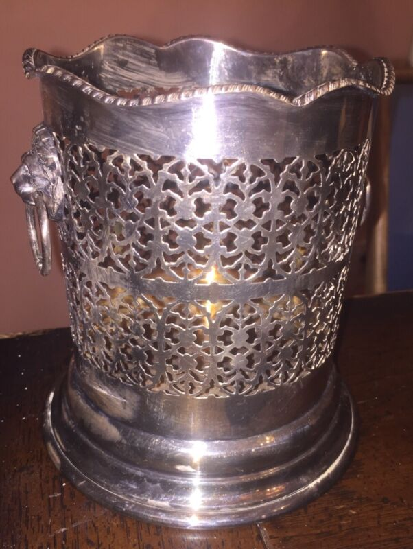 ANTIQUE ENGLISH SILVER PLATE LARGE WINE CHAMPAGNE HOLDER MAGNUM LION HEAD RINGS