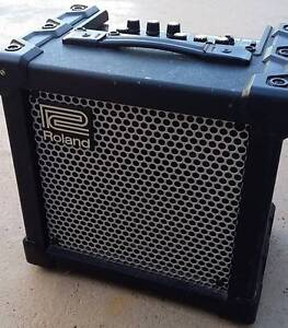 guitar amplifier , electric , Roland Cube 15XL Belmont Lake Macquarie Area Preview