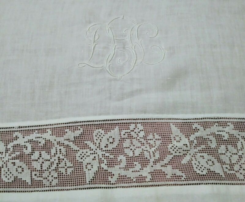"Gorgeous Vintage / Antique Italian Filet Lace Embroidered Linen Sheet 104""x 71"""