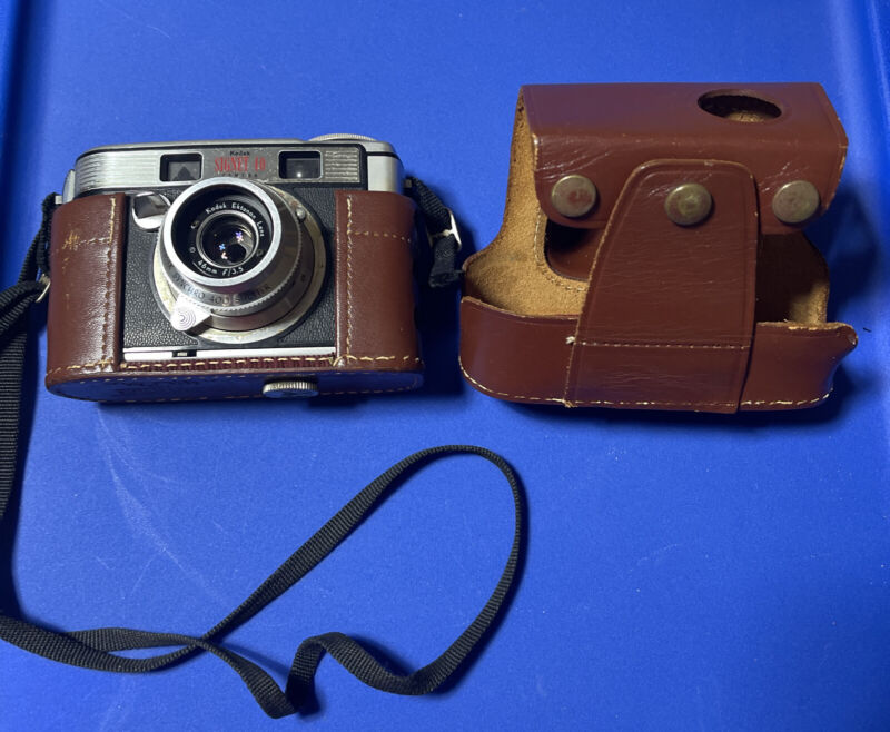 Vintage Kodak Signet 40 35 Camera w/ Brown Leather Case