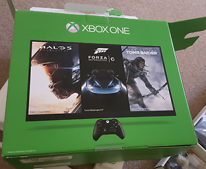 XBOX ONE 500GB Scarborough Stirling Area Preview