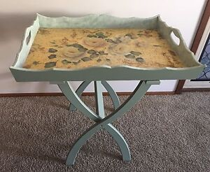 BUTLERS TRAY TABLE Prestons Liverpool Area Preview