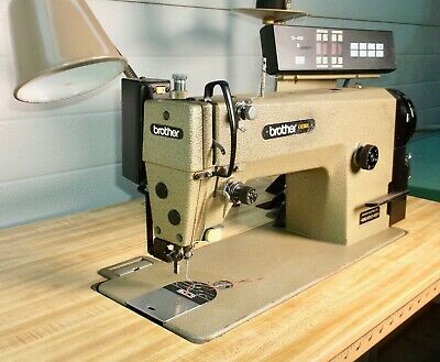 Brother Industrial Sewing Machine Exedra E-40 Mark Ii Db2-b737-403 Wtable