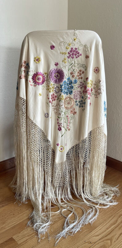 Vintage Large Ivory Fringe Piano Shawl Scarf Hand Knotted Floral Stitched