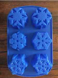 CHRISTMAS HOLIDAY SNOWFLAKE WINTER CUPCAKE CAKE PAN CHOCOLATE CANDY MOLD