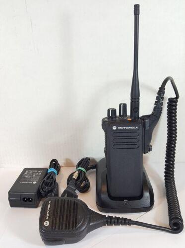 Motorola MOTOTRBO XPR 7350 UHF 403 - 512 MHz Digital DMR Radio AAH56RDC9KA1AN