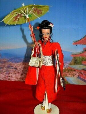 "Vintage Brunette #3/4 Ponytail ""Barbie In Japan"" #821 1964 Complete With Extras"