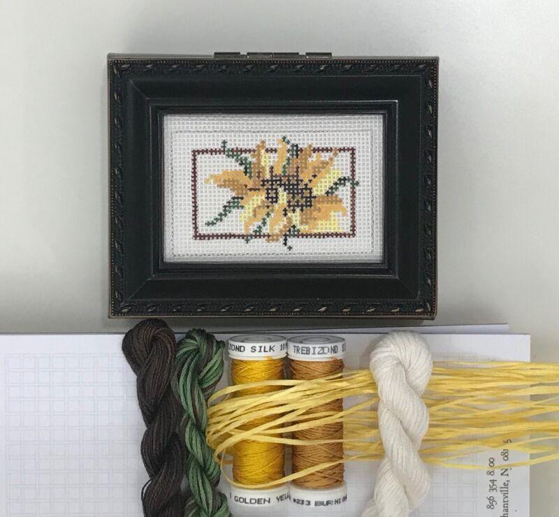 Needle Crossing sunflower hand painted needlepoint canvas Kit silk threads box
