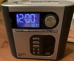 TIMEX T617 Dual Alarm CD Clock Radio with Nature Sounds Snooze CD & MP3 line In