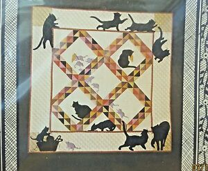 AMISH CATS AND RATS QUILT PATTERN- WALL HANGING 43