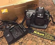 Nikon D2XS digital SLR camera - boxed excellent Hobart CBD Hobart City Preview