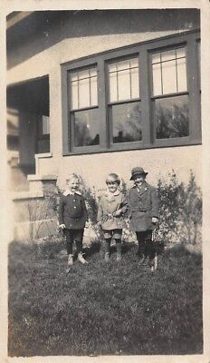 Vtg PHOTO 1920s DAPPER CUTE YOUNG SCHOOL BOYS KNICKERS SHORT PANTS HAT - 1920s Boys Fashion