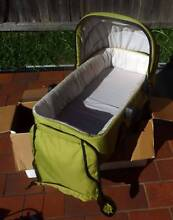 lovely mountain buggy bassinett carrycot - terrain/urban Brookvale Manly Area Preview