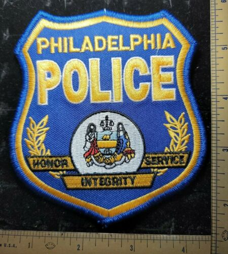 Philadelphia PA Police Department Officer Patch Honor service Integrity