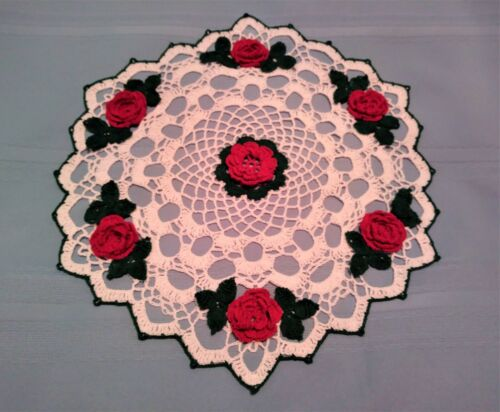 """RED ROSE DOILY HAND-CROCHETED 14.5 """" NEW WHITE, RED AND REEN"""