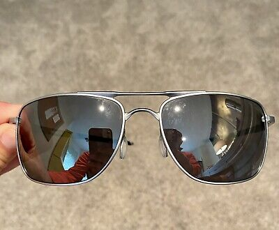 Oakley Gauge 8 - Silver - HD Lense - Great Used Condition - Free Shipping