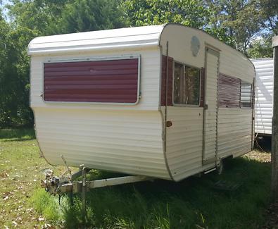 15ft 1974 Vintage York Caravan
