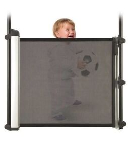 KiddyGuard Avant Baby Gate - retractable