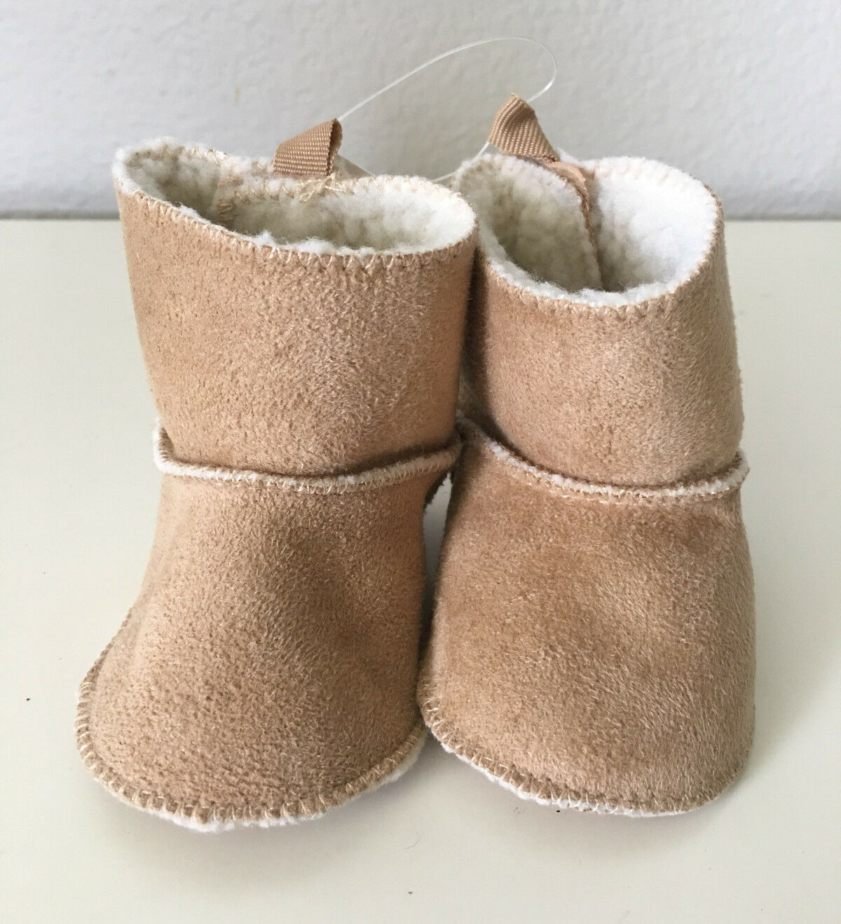 GAP Baby Unisex Size 0-3 Months NWT Tan Shearling Boots Booties Shoes