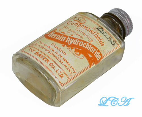 Antique BAYER HEROIN TABLETS bottle BIM oldest style used w/ Bayer cross - 1904