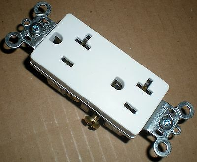 Electrical Outlet Decora 20 Amp Duplex Receptacle Pass Seymour Legrand 885-20w