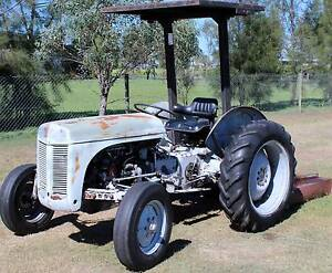 Massey TEA20 Tractor and Slasher Clifton Toowoomba Surrounds Preview