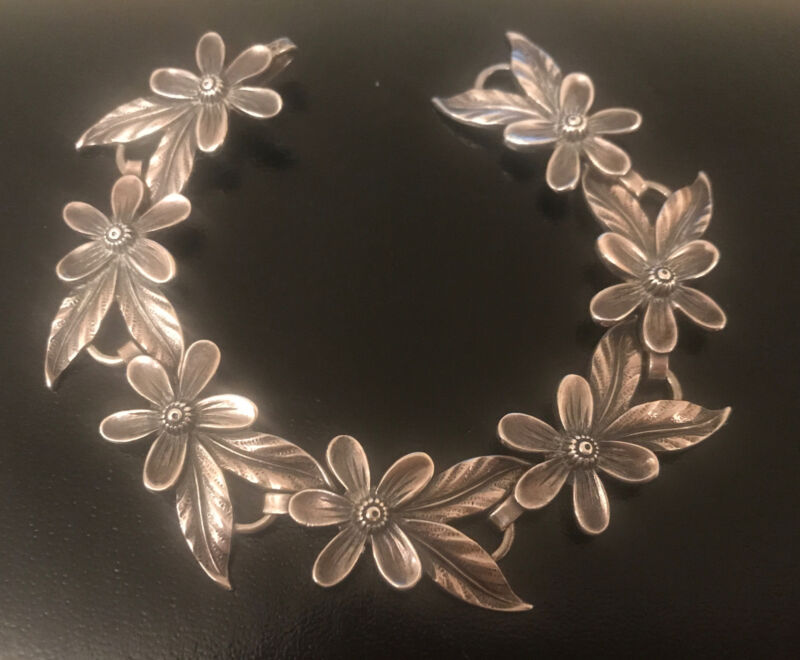 1 Carl Ruopoli Sterling Silver Hand Wrought Floral Arts & Crafts Bracelet