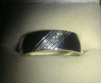 Silver & Diamond Wedding Band New Clontarf Redcliffe Area Preview