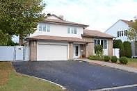 Large House for rent / Ile Bizard