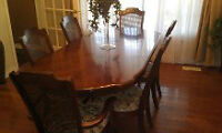 Moving Sale Must Sacrifice American made Broyhill Dining Set