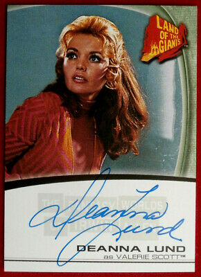LAND OF THE GIANTS - DEANNA LUND - Personally Signed Autograph Card A9 - 2004