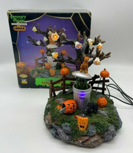 2005 Lemax Spooky Town Halloween Garbage Ghoul Lighted Table Accent 54318