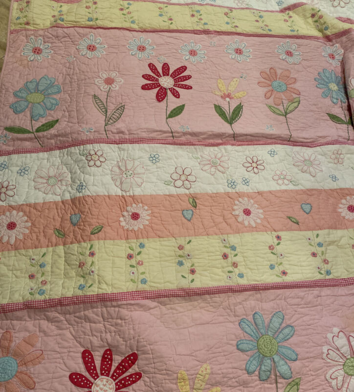 Pottery Barn Kids Twin Quilt Floral Flowers Daisy Pink Yellow Girl - GUC