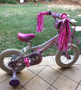 """Girls bike 12"""" Redcliffe Belmont Area Preview"""