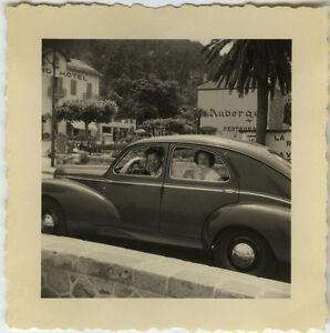 photo ancienne vintage snapshot automobile voiture peugeot couple car. Black Bedroom Furniture Sets. Home Design Ideas