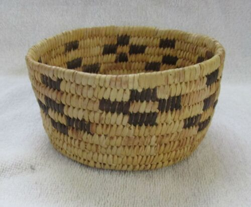 Papago Indian Hand Coiled Woven Bowl Basket Geometric Designs Bear Grass Yucca
