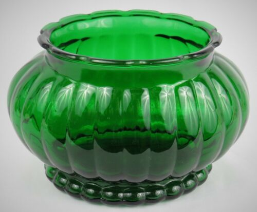 """Vintage A.L.R. Co. Translucent Green Glass Ribbed Flower Bowl  8""""x 6""""  Mint!"""