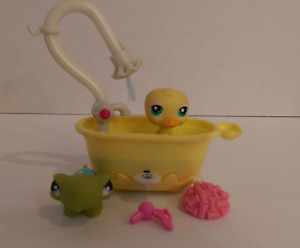 Littlest Pet Shop Squeaky Clean Turtle #149 Yellow Duck #150- Ba