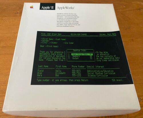 """Apple II Appleworks Software Set and Manuals 5.25"""" 3.5"""" Floppy Disks"""