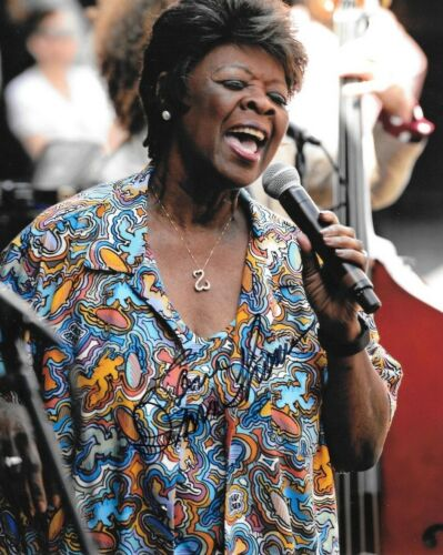 * IRMA THOMAS * signed 8x10 photo * SOUL QUEEN OF NEW ORLEANS * COA * 8