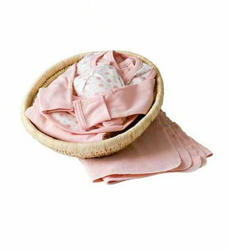 Organic Baby Essentials with Moses-style basket, Pink