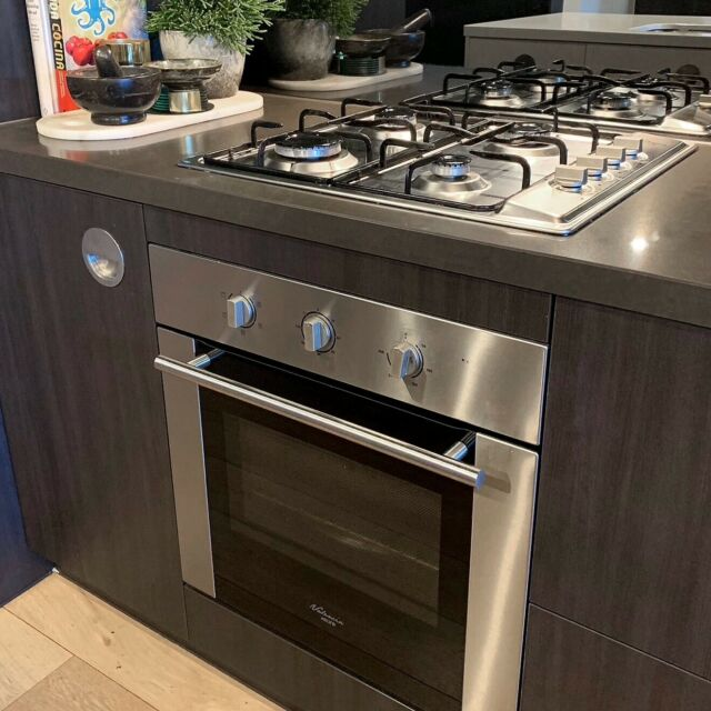 European Kitchen Appliance Set, Oven, Cooktop & Dishwasher