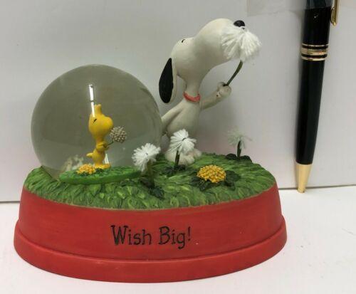 "Snoopy Hallmark Peanuts Gallery ""Wish Big"" dated 2012"