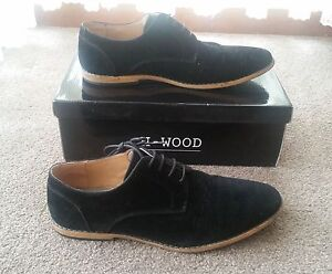 Mens Black Suede Shoes (Size 11) Glenfield Campbelltown Area Preview