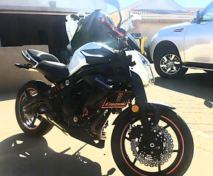 Kawasaki er6nl 650cc make an offer Landsdale Wanneroo Area Preview