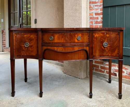 20th century English Flame Mahogany Buffet Sideboard Regency Neoclassical Style