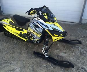 2016 skidoo mxz 600 RS for sale